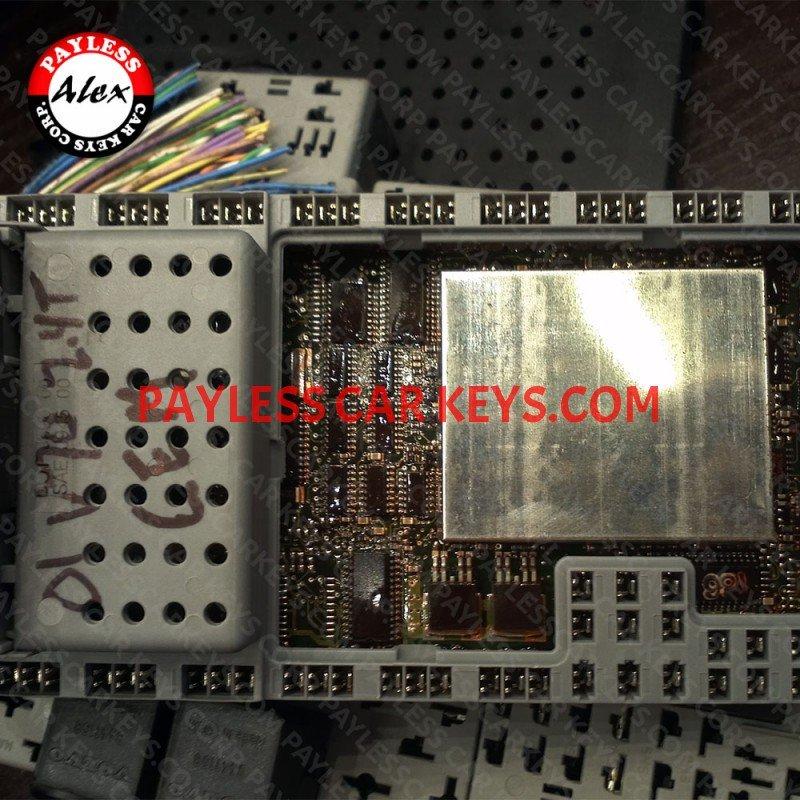 Key Programming By Cem Module For Volvo S60 S80 V70 Xc70 Xc90 1999